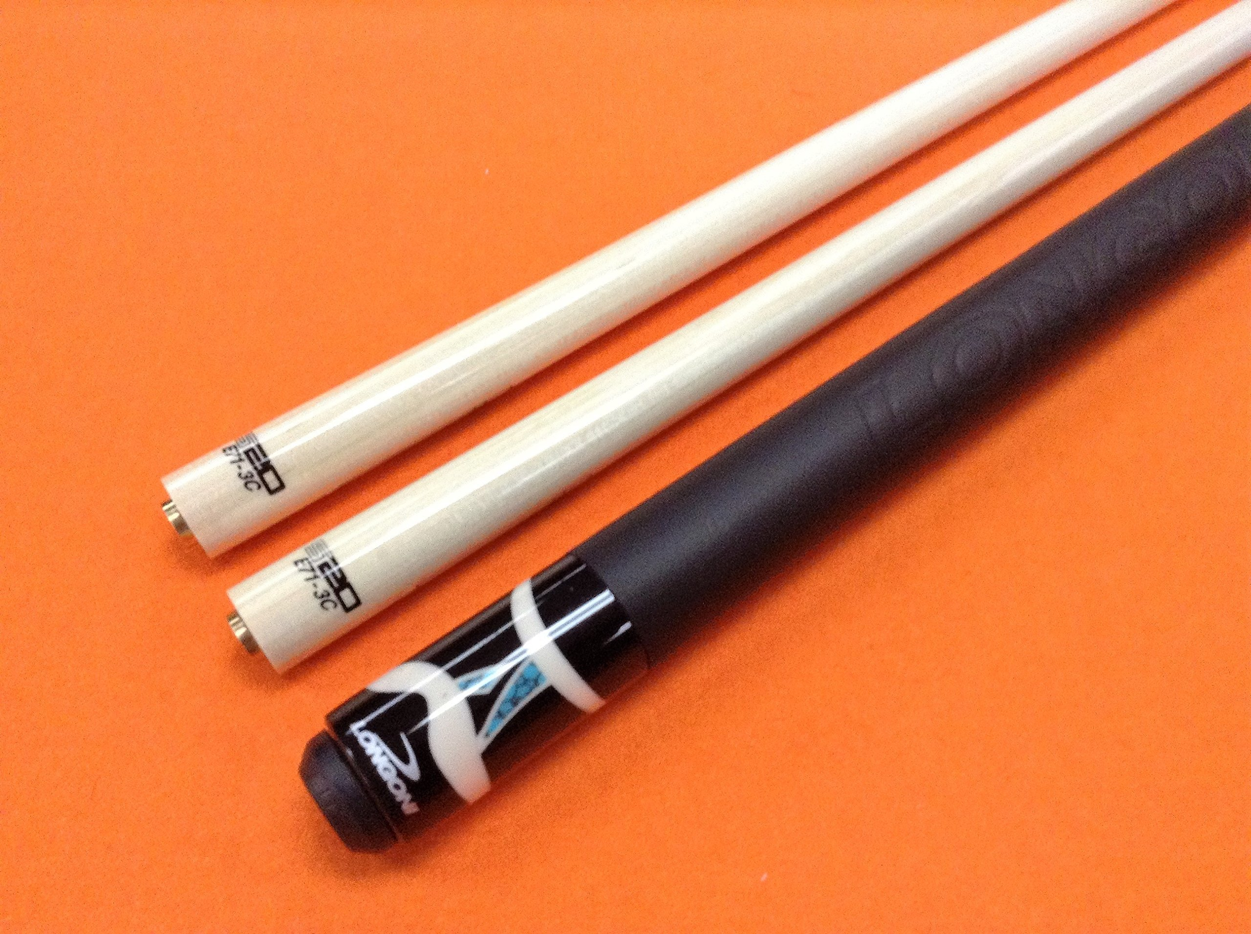 LONGONI CAROM CUE SULTAN LEATHER WITH S20 SHAFTS