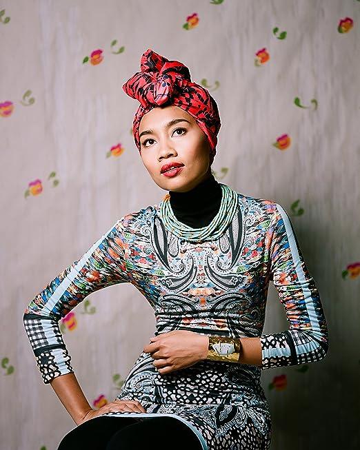 Amazon.com : Yuna - Yunalis binti Mat Zara'ai 8 x 10 ...