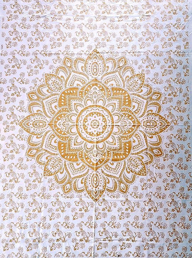 Amazon.com: ICC - Póster, diseño de flor de loto de oro ...