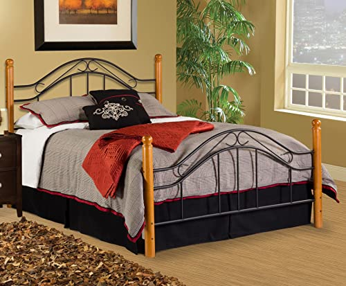 Hillsdale Furniture Winsloh Bed Set with Rails, King, Medium Oak