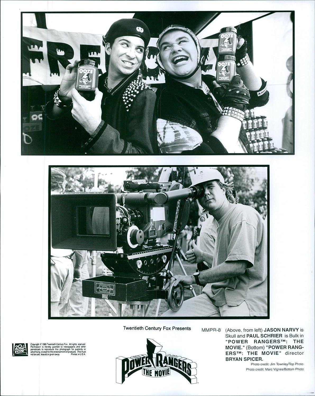 Vintage foto de Jason Narvy, Paul Schrier y director Bryan ...