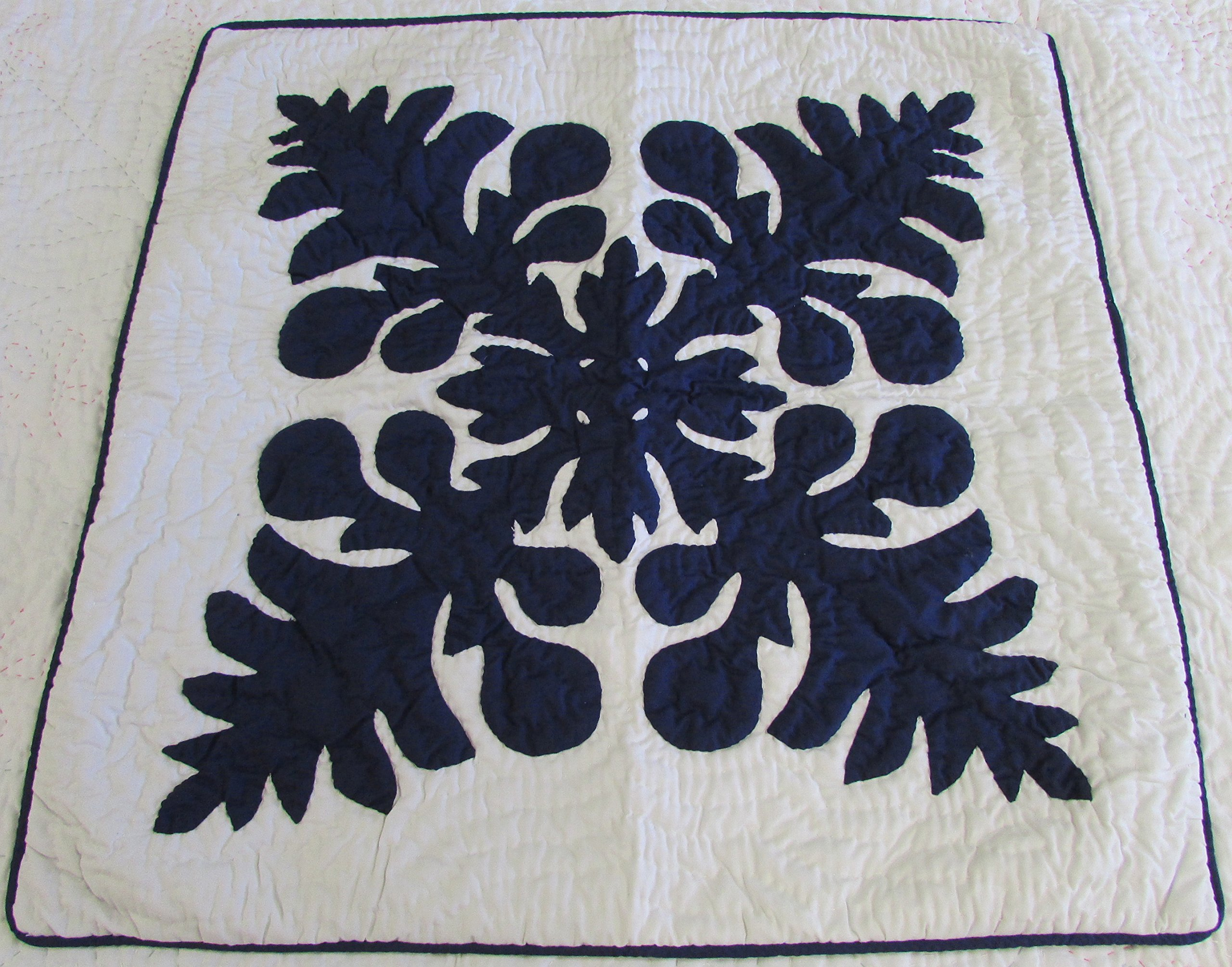 Hawaiian quilt throw pillow cushion cover 24x24 100% hand quilted/100% hand appliqued wall decor