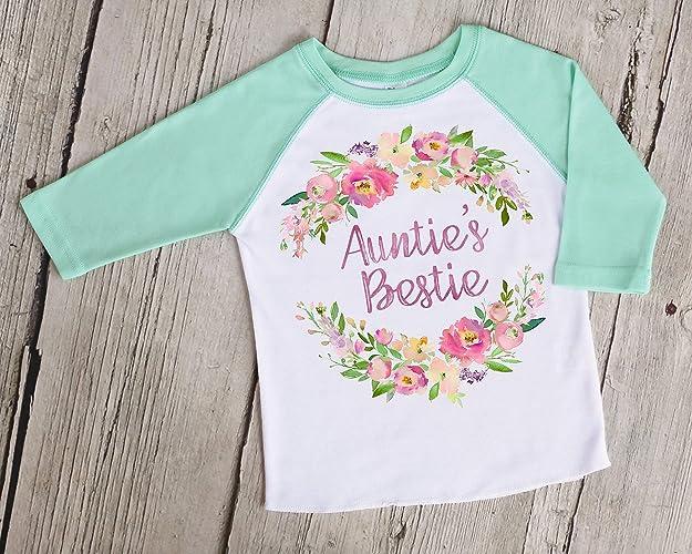 d3fbce126 Amazon.com  Auntie s Bestie Kids Raglan Baseball Shirt