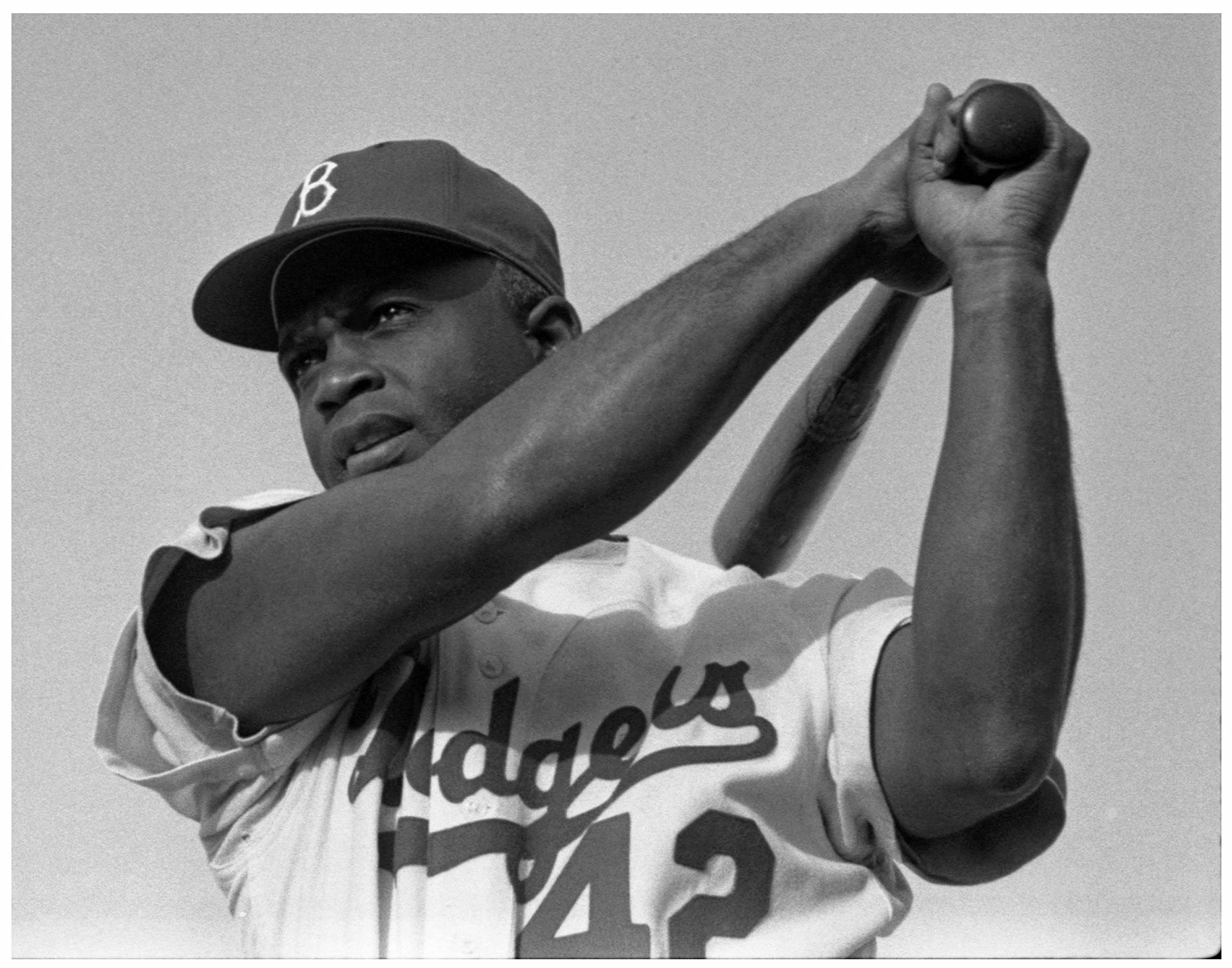Photo Art Print ~ Famous Historic Picture: The Iconic JACKIE ROBINSON (8''×10'' photo)