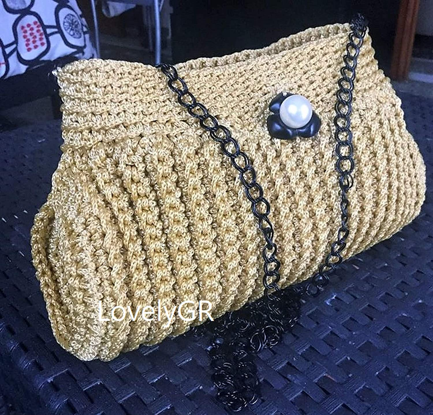 7bc2f108b0 Amazon.com  Crochet Women s Purse Hand Bag Shoulder Bag Polyester Yarn Gold  Color  Handmade