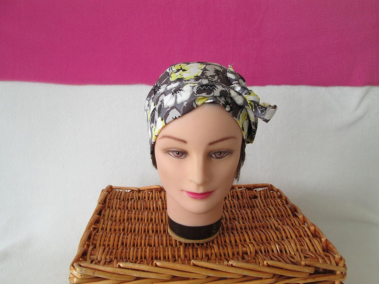 Foulard, turban chimio, bandeau pirate au féminin à fleurs jaune, gris et blanc
