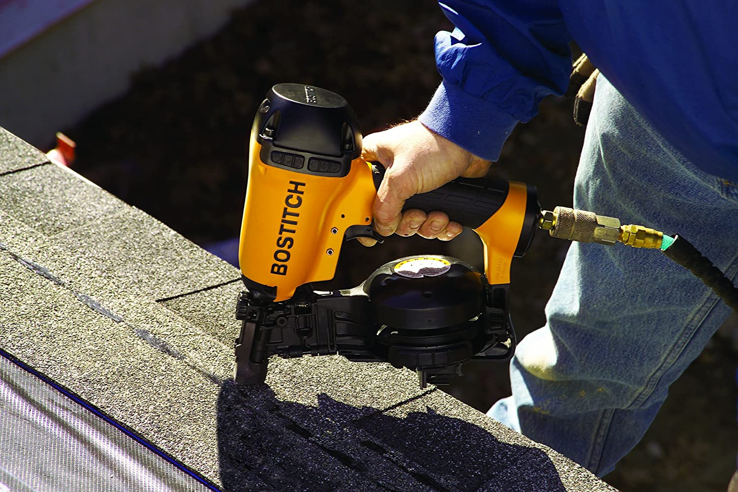 4<strong>. BOSTITCH RN46-1 Roofing Nail Gun - Best Roofing Nailer</strong>
