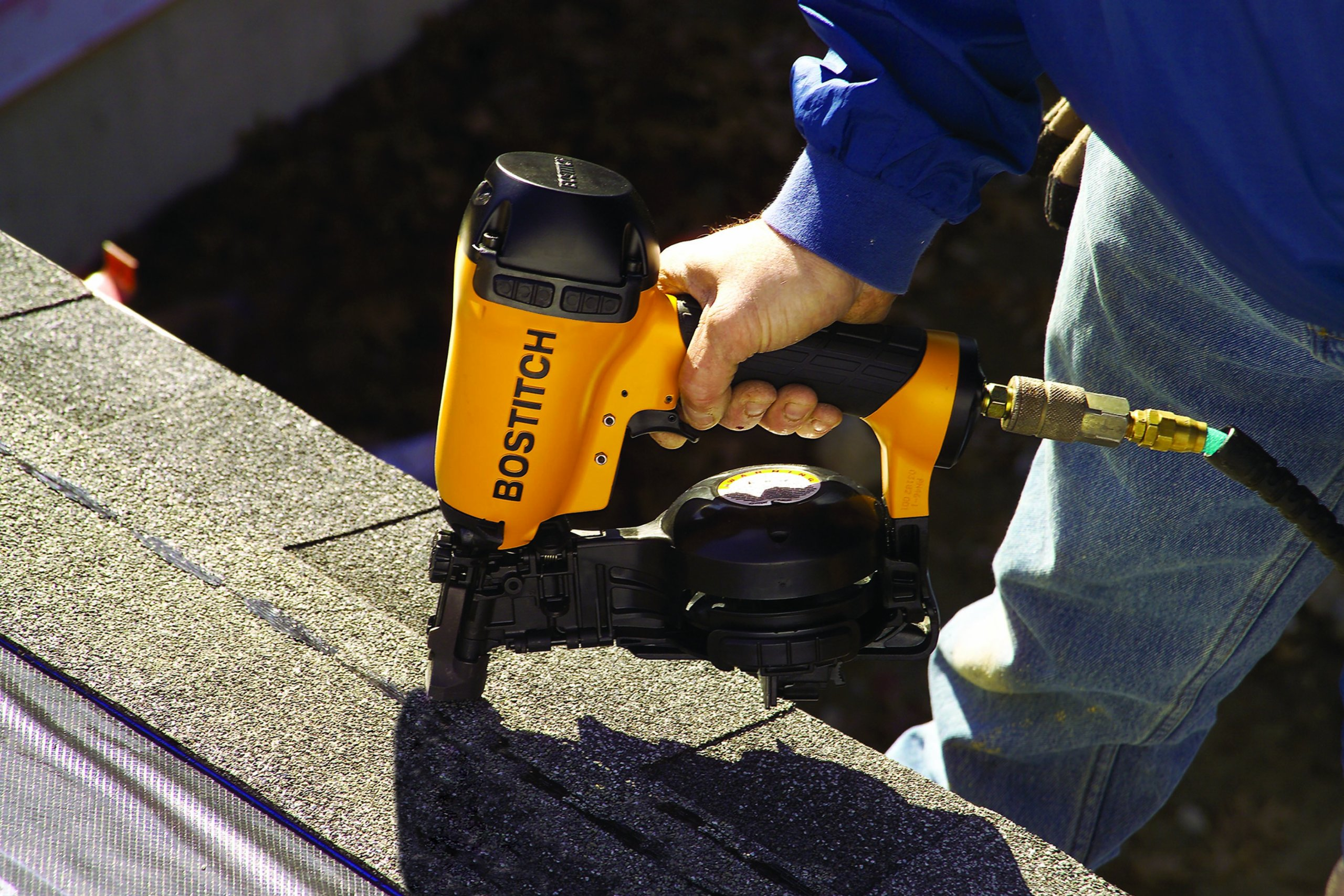 BOSTITCH RN46-1 3/4-Inch to 1-3/4-Inch Coil Roofing Nailer by BOSTITCH