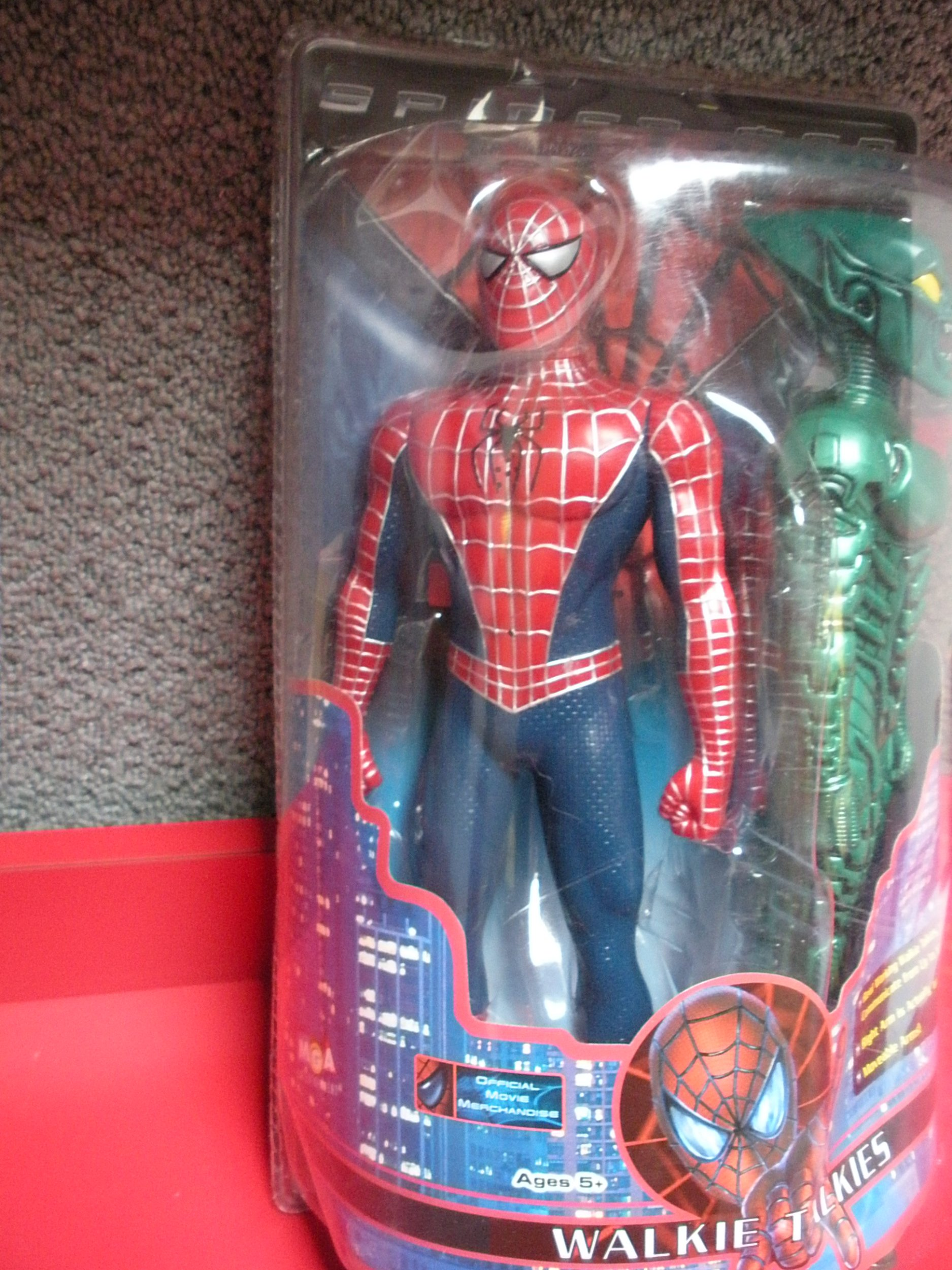 Spider-man and Green Goblin 12'' Figure Walkie Talkies (2001 MGA Entertainment) by Spider-Man (Image #2)