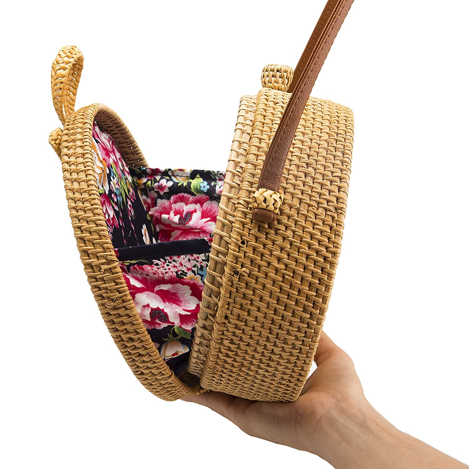 a007ab26237 Amazon.com  Handwoven Round Rattan Bag Shoulder Leather Straps Natural Chic  Hand NATURALNEO  Clothing