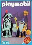 Playmobil 3025 Skeleton and Wizard Halloween Set [Toy]