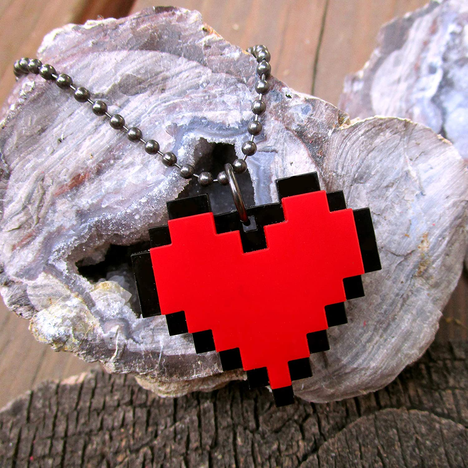 Red /& White Reversible Gamer Necklace Epoxy Resin Pixel Heart Charm Pendant w Gold Wire