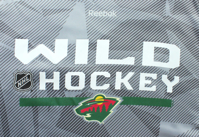 9fd32807cc2 Amazon.com   NHL Men s Minnesota Wild Pullover TNT Hoodie