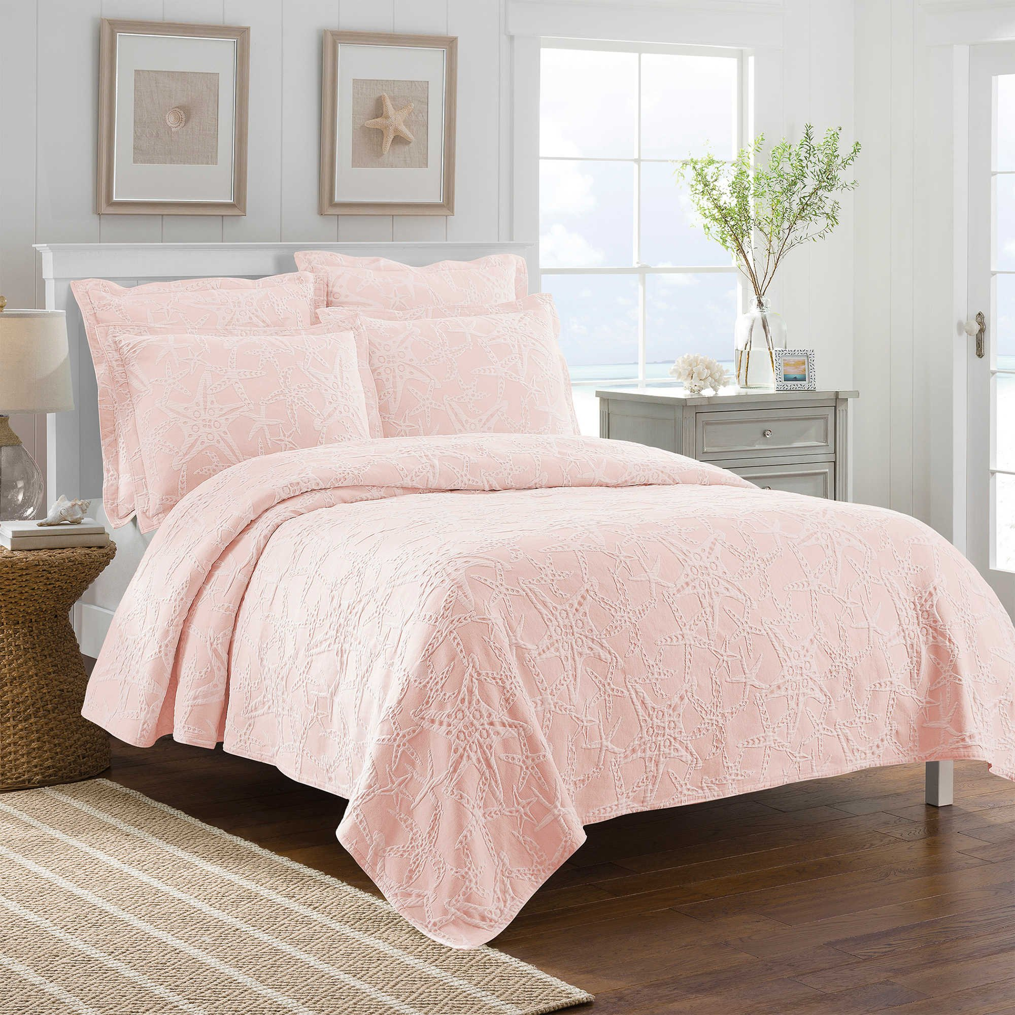 Lamont Home Calypso Twin Size Coverlet in Coral