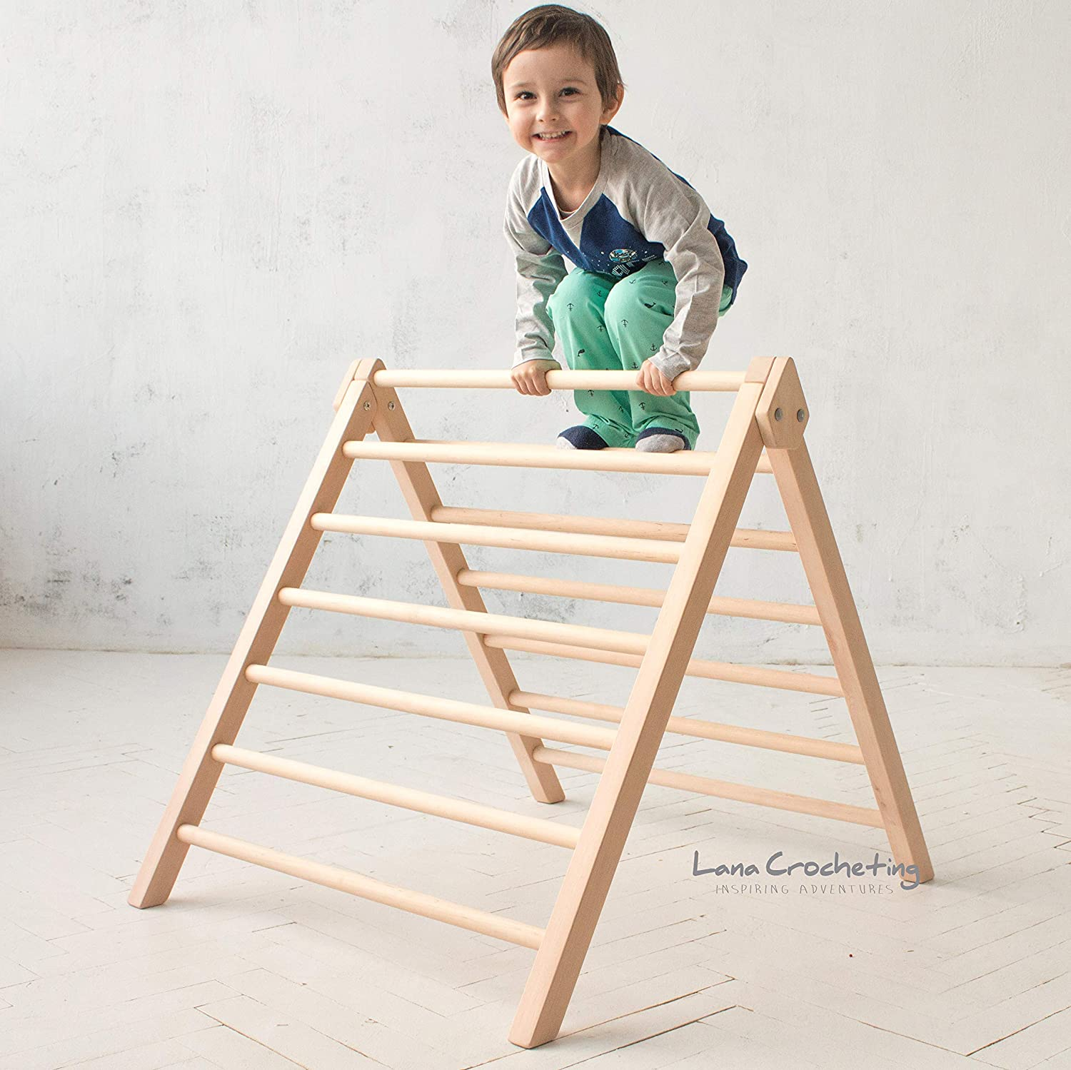 Pikler Artisan Step Triangle by LanaCrocheting. Climbing ladder for kids, foldable triangle. Children's Wooden Climbing Structure. Montessori Toddler Natural Development.