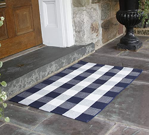 NANTA Navy Blue and White Cotton Buffalo Plaid Check Rug 27.5 x 43 Inches Washable Woven Outdoor Rugs for Layered Door Mats Porch Kitchen Farmhouse