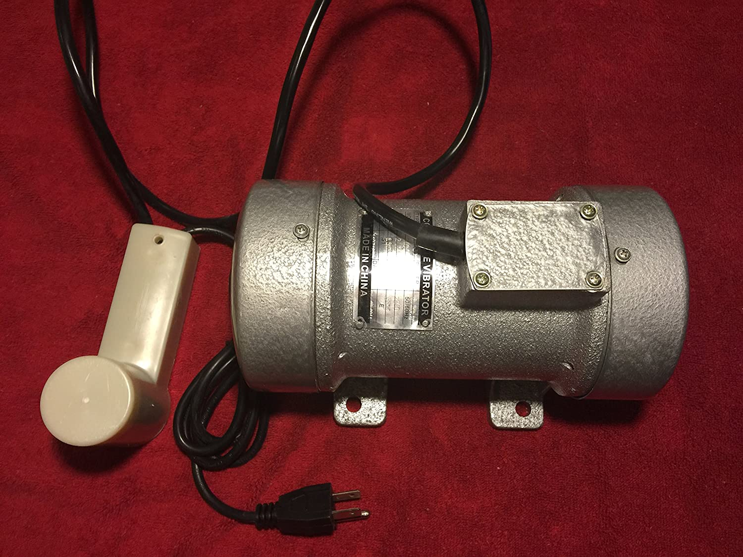 Concrete Vibration Vibrator Motor 1/3hp 110 volt 1320 lbs Sharp Force! Ships Canada and US Consmac Sev 30-110v