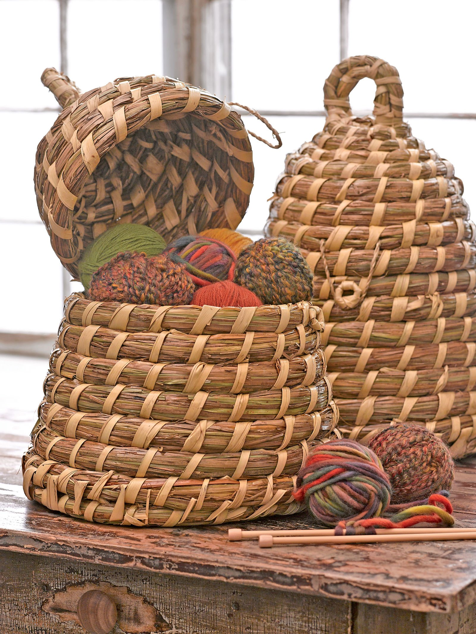 17 Inch Handwoven Straw Beeskep Basket