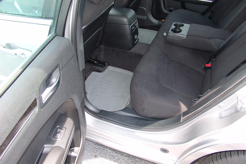 Lund 783429-G Catch-It Carpet Grey Rear Seat Floor Mat