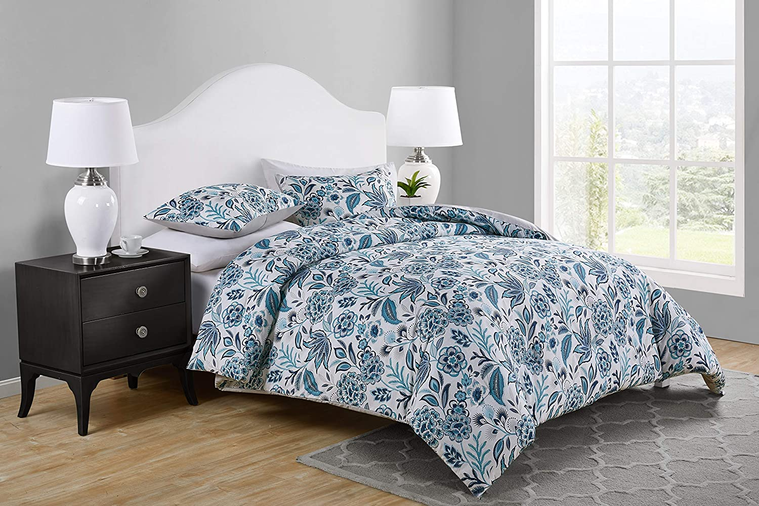 Tahari Home | Val Bedding Collection | Luxury Ultra Soft Comforter, All Season Premium 3 Piece Set, Designed for Home Hotel Décor, Full/Queen, Blue