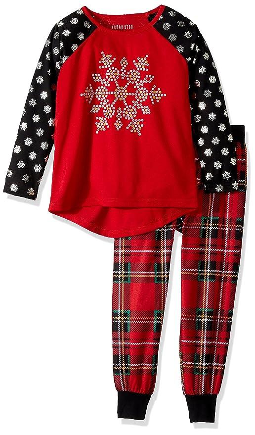 Amazon.com  Komar Kids Girls  Big Snowflake Holiday Plaid Jogger Sleep Set   Clothing ea1e85f4b