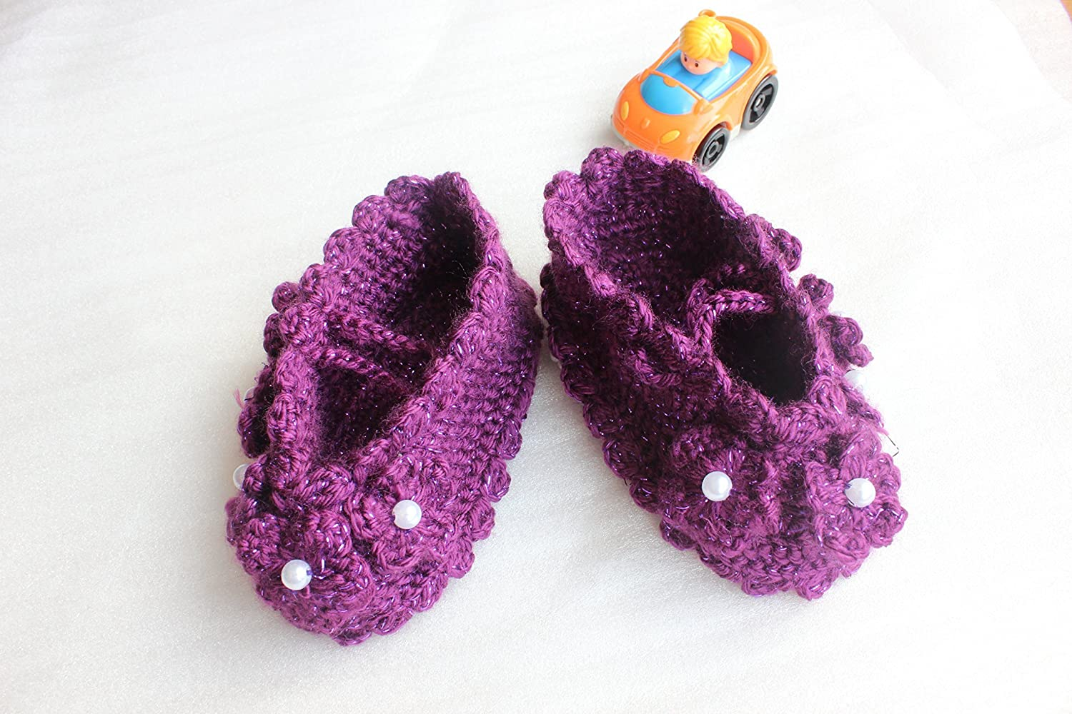 332eb684dbb0 Crochet baby shoes