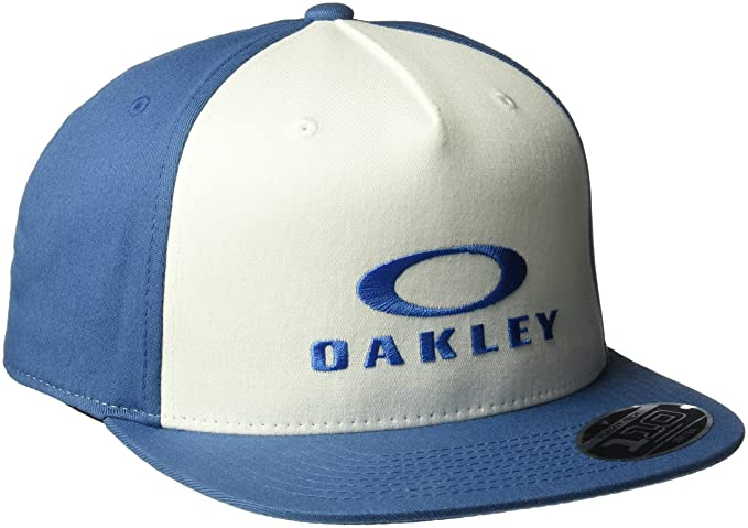0c919825ef84b Amazon.com  Oakley Men s Sliver 110 Flexfit Adjustable Hats