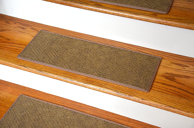 Dean Indoor/Outdoor Pet Friendly Tape Free Non-Slip Carpet Stair ...