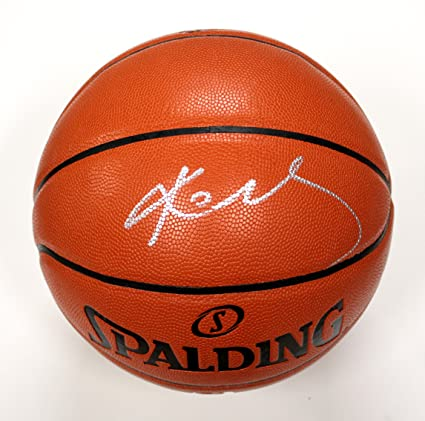 8924386c8017 Kobe Bryant Los Angeles Lakers Signed Autographed Spalding NBA Game Replica  Basketball PAAS COA
