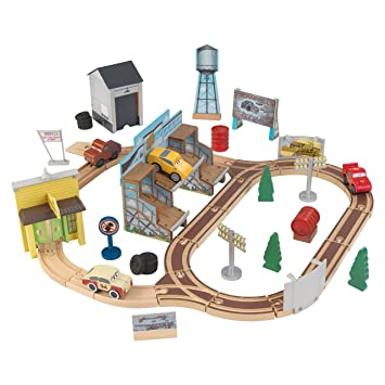 Kidkraft 18015 Disney Pixar Cars 3 Thomasville Wooden Race Track Set Toy Car Road Play Set 53 Pcs