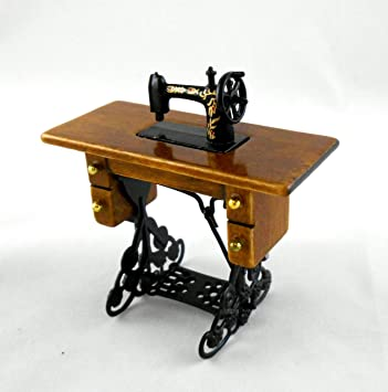 Amazon.es: Melody Jane Dolls Houses Miniatura Para Casa De Muñecas 1:12 Escala Modistas Accesorio pedal máquina de coser: Juguetes y juegos