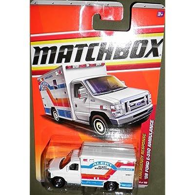 2011 MATCHBOX EMERGENCY RESPONSE WHITE ALERT FIRST RESPONSE AMBULANCE 54 OF 100 '08 FORD E-350 AMBULANCE by Matchbox: Toys & Games