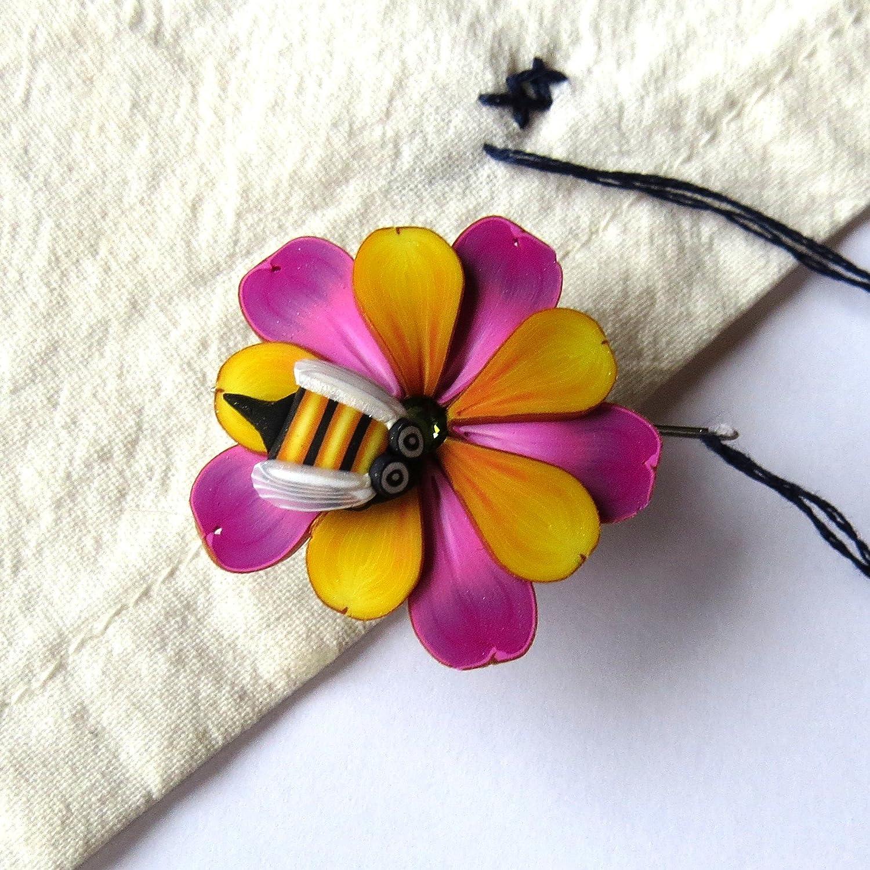 PURPLE FLOWER Needle Minder
