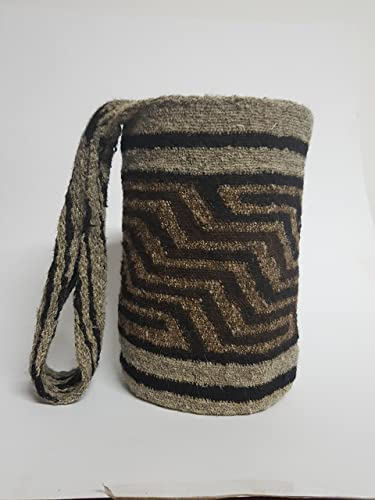 Amazon.com: Real Native Colombian Arhuaco handbag - Colombian mochila - Handmade and woven from sheep wool by women RA048: Handmade