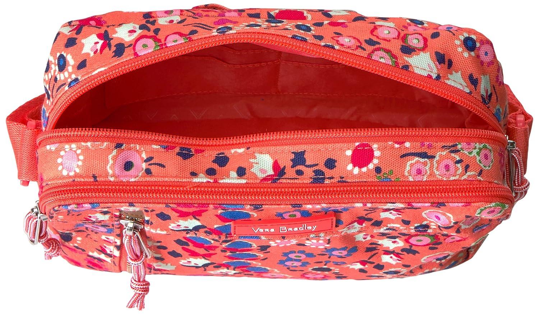 Vera Bradley Lighten up on the Horizon Crossbody  Handbags  Amazon.com 1c4f45a4874a1
