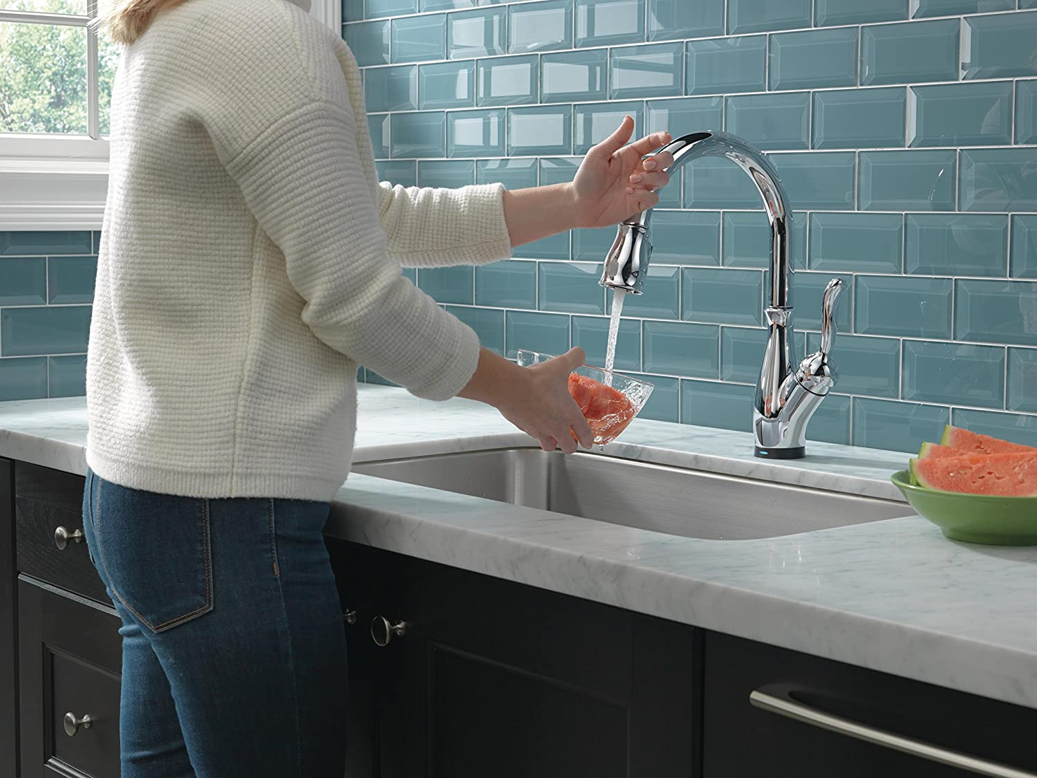 Delta Leland Single-Handle Pull-Down Faucet Touch Kitchen with ...