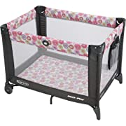 Graco Pack 'n Play Playard On the Go with Folding Feet, Livia