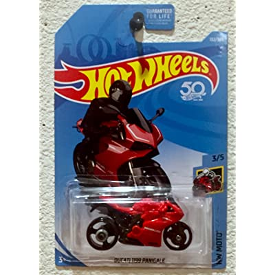 Hot Wheels 2020 50th Anniversary HW Moto Ducati 1199 Panigale (Motorcycle) 132/365, Red: Toys & Games