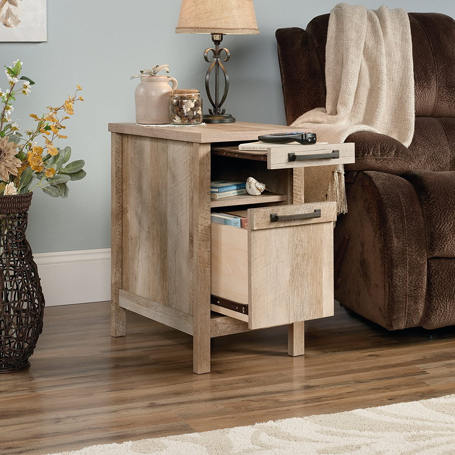Sauder Cannery Bridge Side Table, Lintel Oak finish