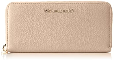 09d84ea2e4a4 Michael Kors Women s Zip Continental Bedford Wallet Beige (Oyster ...