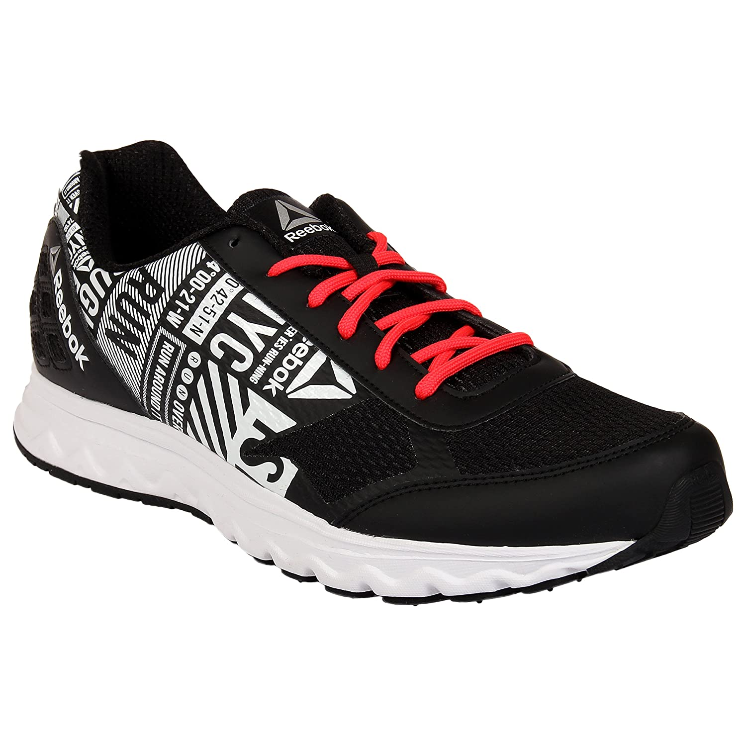 Reebok Run Voyager LP Black Running Shoes  Amazon.in  Shoes   Handbags 6f5643752