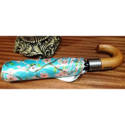ca2e669332 durable modeling Totes Auto Open Classic Wood Crook Umbrella ...