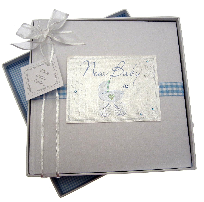 Design mit blauem Kinderwagen White Cotton Cards Bliss Baby-Fotoalbum mittelgro/ß englische AufschriftNew Baby