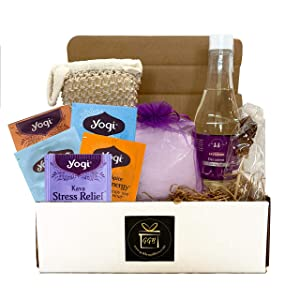 Spa Care Package For Women - Luxury Spa Gift Baskets For Women Deluxe Bath & Body Gift Basket Classic Edition Spa Basket - Spa Gift Basket For Women - Aromatherapy Lavender Spa Kit! (9 pieces)