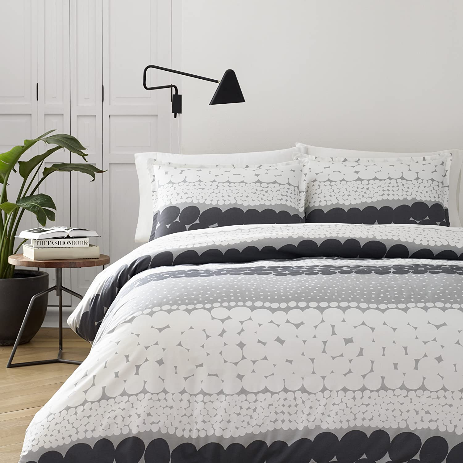 Marimekko 221446 Jurmo Duvet Cover Set, Full/Queen, Grey / White