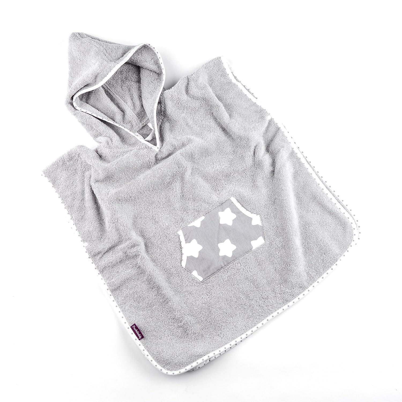 Badehandtuch bis 5 Jahre Puckdaddy Bade-Poncho Finja Baby-Poncho mit Kapuze mit Sterne Muster in Grau flauschiger Kapuzenbademantel aus 100/% Baumwolle /& Frottee 58x87 cm