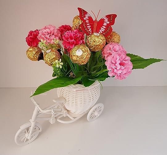 Blumen Gesteck Fahrrad Mit Blumen Pralinen Strauß Ferrero Rocher
