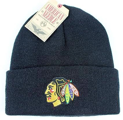 Amazon.com   Chicago Blackhawks NEW Authentic Beanie Toque Knit Hat ... 68a1395a0ad