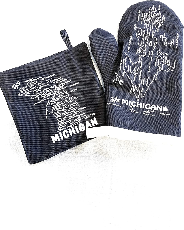 The Professionals Michigan Mitt and Pot Holder Set (Navy Blue)