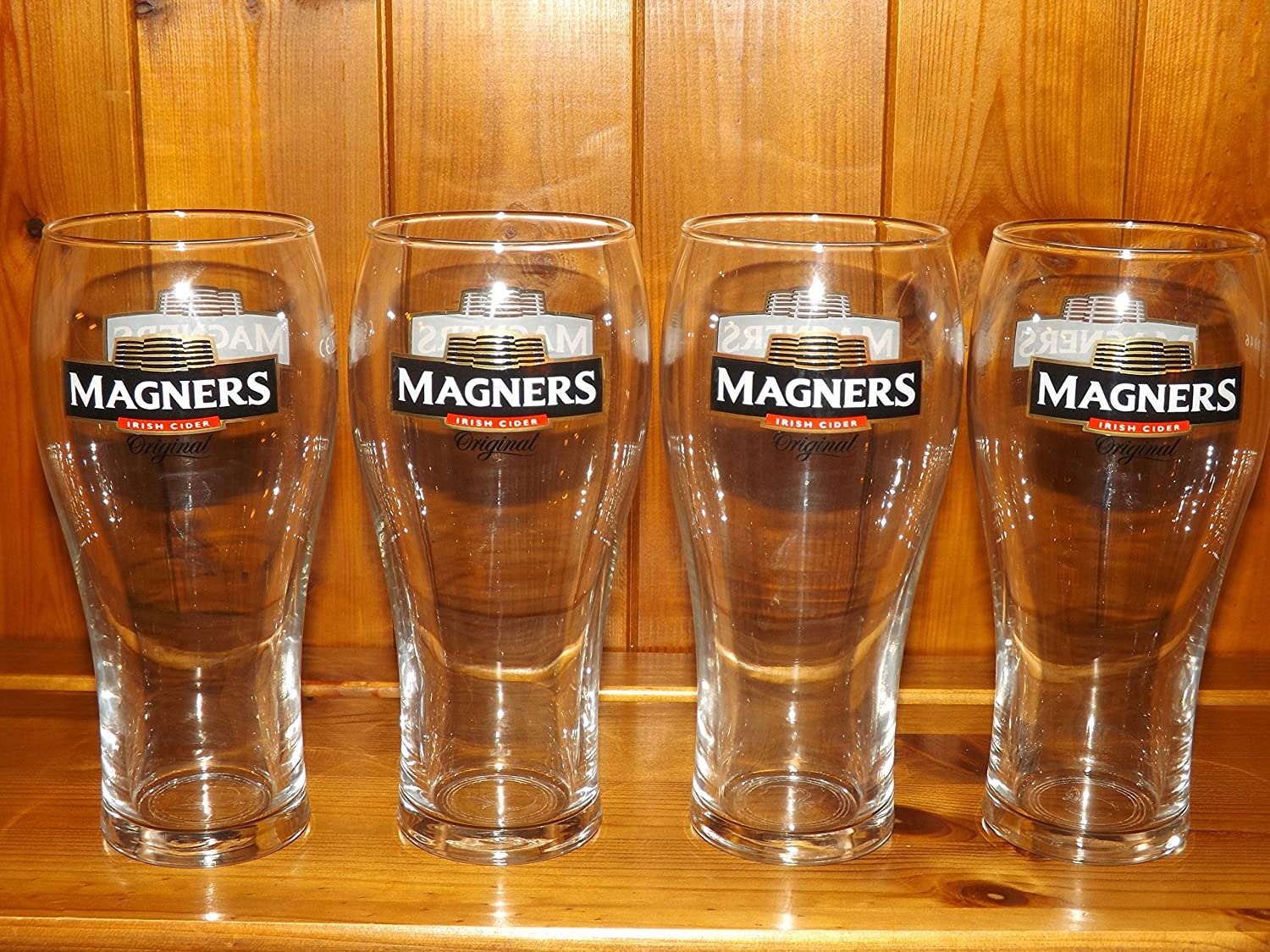 MAGNERS CIDER PINT GLASS x 4 CHRISTMAS STOCKING FILLER LIMITED STOCK
